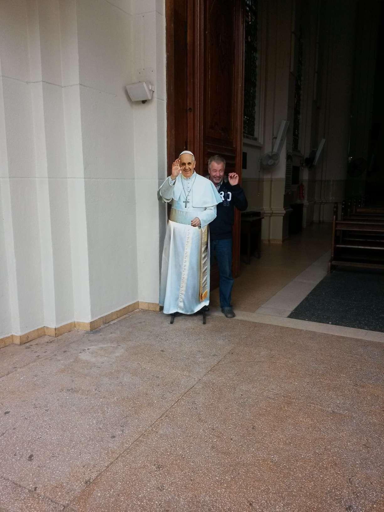 Peter und der Papst | Paraguay-Gabi